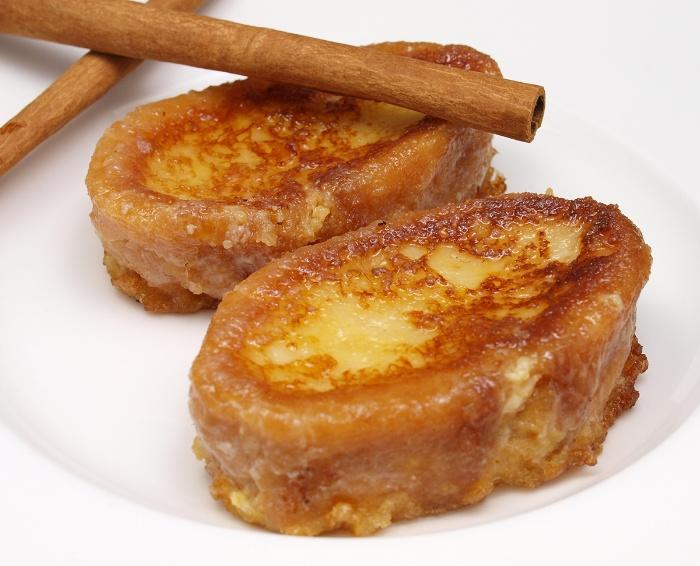 Spanish torrijas sweet fried bread with cinnamon and honey