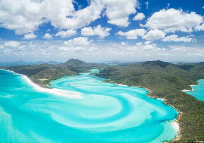 australia lagoon islands with white sand and crystal clear blue water