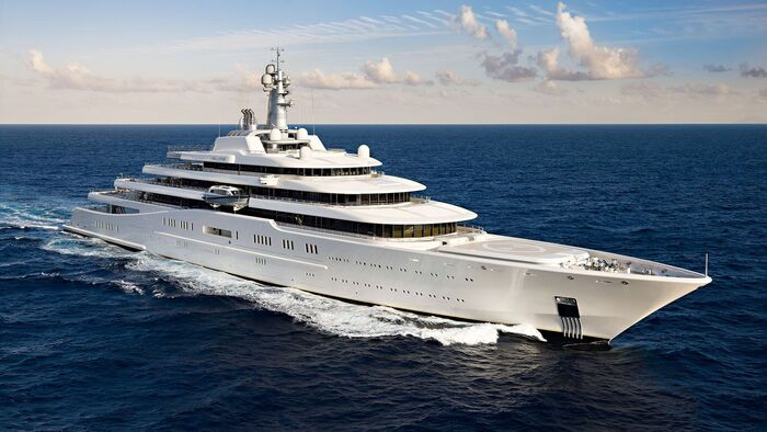 eclipse yacht in the open sea sailing fast luxury yacht